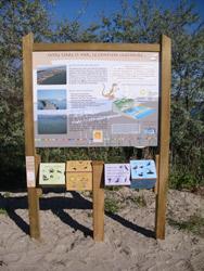 Panneau signalétique sur le sentier des Dosses. Crédits photos : Conseil Général Pyrénées-Orientales